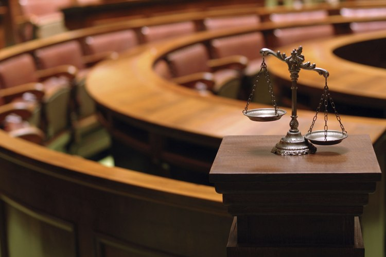 jury-scales-court-1200