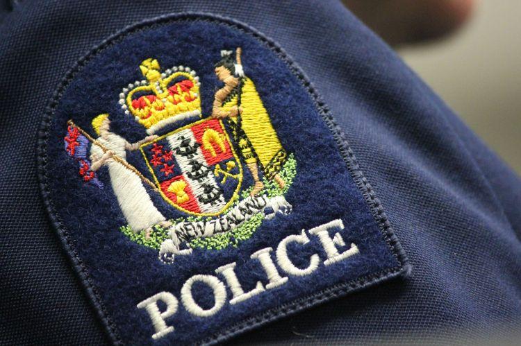 police_generic_badge_simonwong_1200
